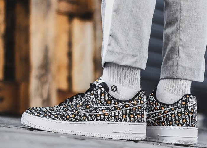 Nike Air Force 1 Low Just Do It (AO6296-001)
