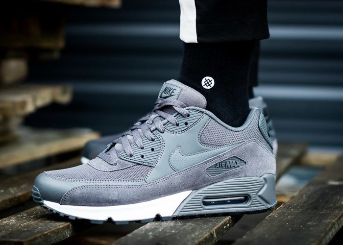 Nike Air Max 90 Essential (537384-078)