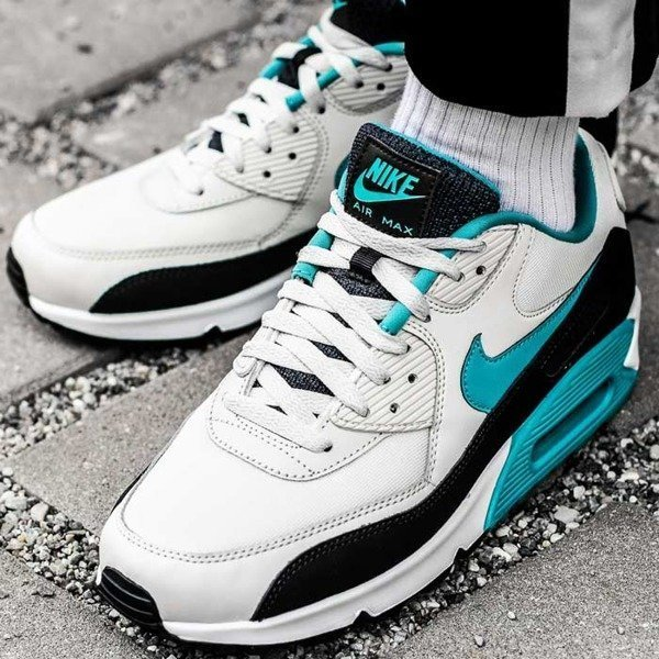 Nike Air Max 90 Essential (AJ1285-001)
